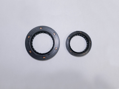 P.T.O. Side Oil Seal
